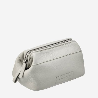 nestseven-toiletries-liability-light-grey-top-angle1
