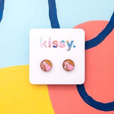 Nest-Seven-Stud-Pink-Glitter-Kissy.jpg