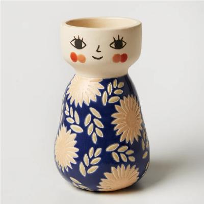 Nest-Seven-Face-Vase-Miss-Cozette-Floral-Blue-Jones-Co2.png