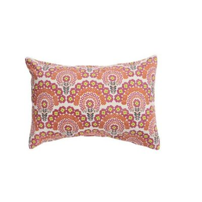 Nest-Seven-Gigi-Floral-Pillowcase-Society-Wanderers2.jpg