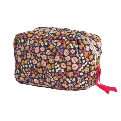 Nest-Seven-cheri-beauty-bag_Sage-Clare.jpg