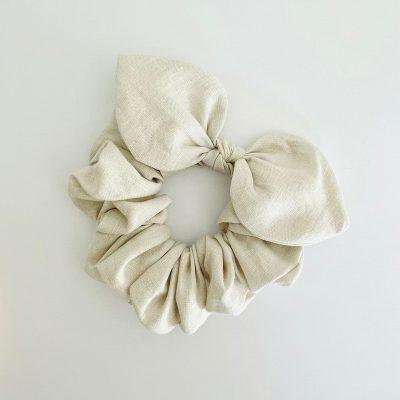 Nest-Seven-Bow-Scrunchie-Linen-Natural-Pip-Co2.jpg