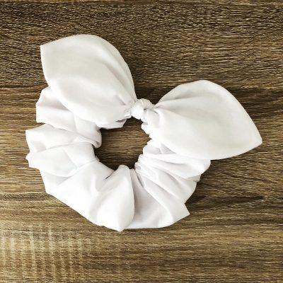 Nest-Seven-Bow-Scrunchie-White-Pip-Co.jpg